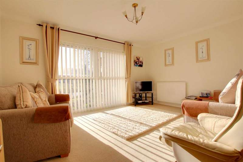 2 Bedrooms Apartment Flat for sale in SPACIOUS APARTMENT WITH GLORIOUS VIEWS NO CHAIN