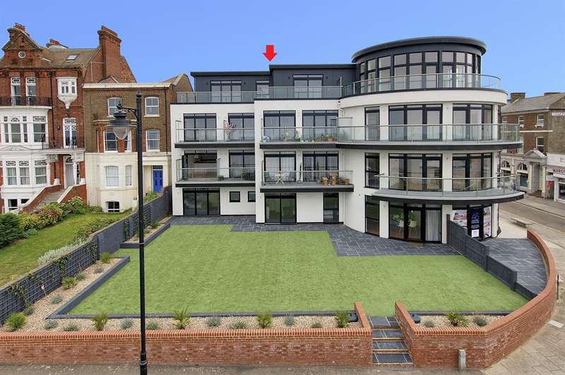 3 Bedrooms Flat for sale in Bun Penny Apartments, William Street, Herne Bay