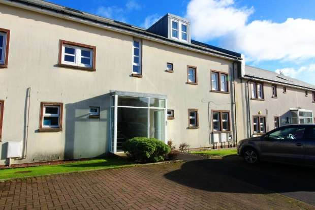 Penthouse Flat for sale in Derwent Court, Kilmarnock, Ayrshire, KA3 1HQ
