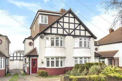 4 Bedrooms Semi Detached House for sale in Birch Tree Avenue, West Wickham