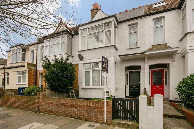 3 Bedrooms Terraced House for sale in Windmill Road, London