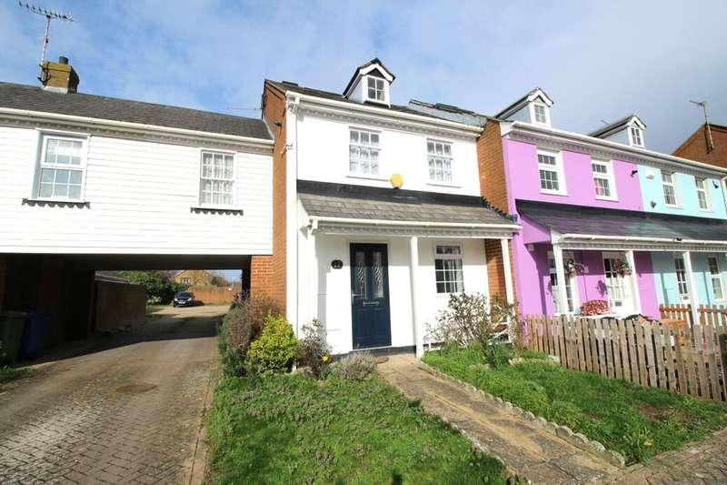 3 Bedrooms Property for sale in Adisham Green, Kemsley, Sittingbourne, ME10