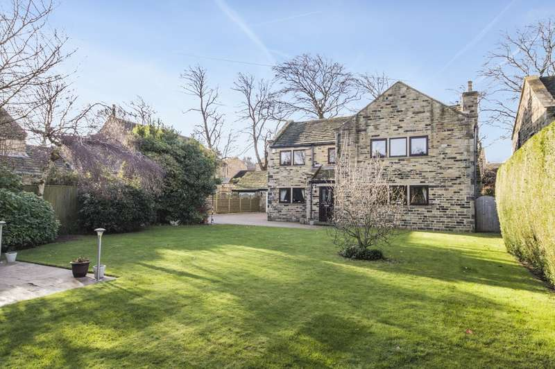 4 Bedrooms Detached House for sale in Netherton Hall Gardens, Netherton, Wakefield