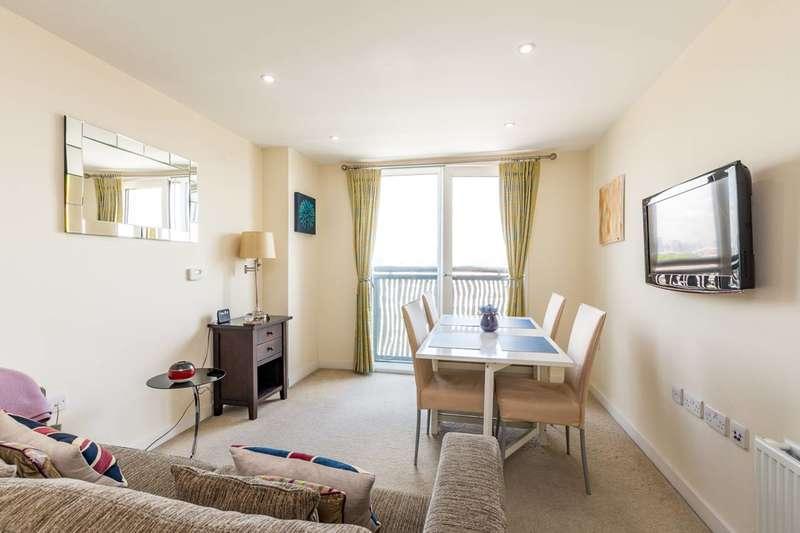 1 Bedroom Flat for sale in Woods House, Grosvenor Waterside, Belgravia, SW1W