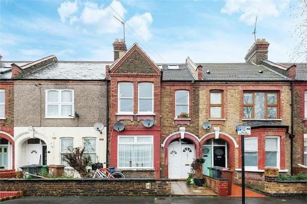 2 Bedrooms Flat for sale in Clementina Road, Leyton, London