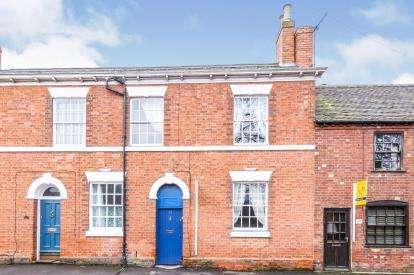 3 Bedrooms Terraced House for sale in Upper Church Street, Ashby-De-La-Zouch, Leicestershire