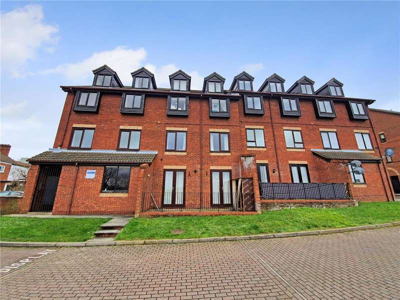 1 Bedroom Flat for sale in Hadleigh House, Rushden, Northants