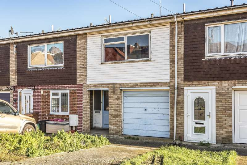 3 Bedrooms Terraced House for sale in Cavendish Road, Rocheste