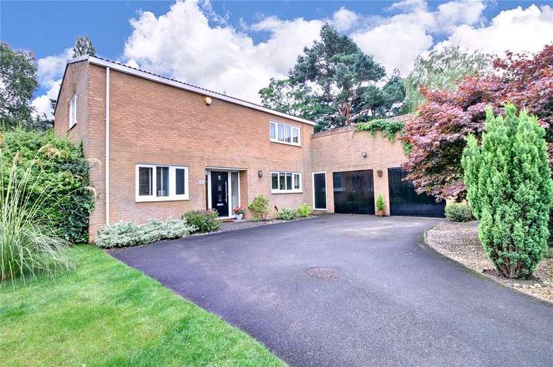 4 Bedrooms Detached House for sale in Elm Close, Tudhoe Village, Durham, DL16