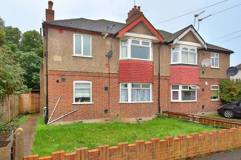 2 Bedrooms Maisonette Flat for sale in Rothesay Avenue, Wimbledon Chase, London, SW20 8JU