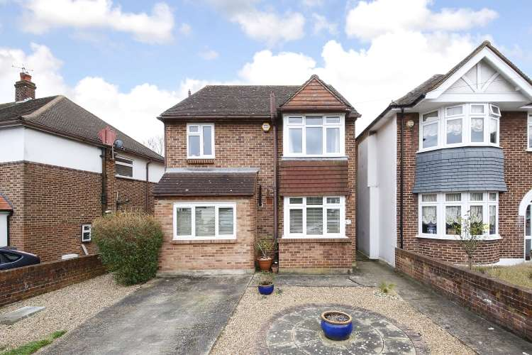 3 Bedrooms Detached House for sale in Park Drive Charlton SE7