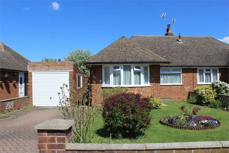 2 Bedrooms Semi Detached Bungalow for sale in Bushmeadow Road, Rainham, Kent