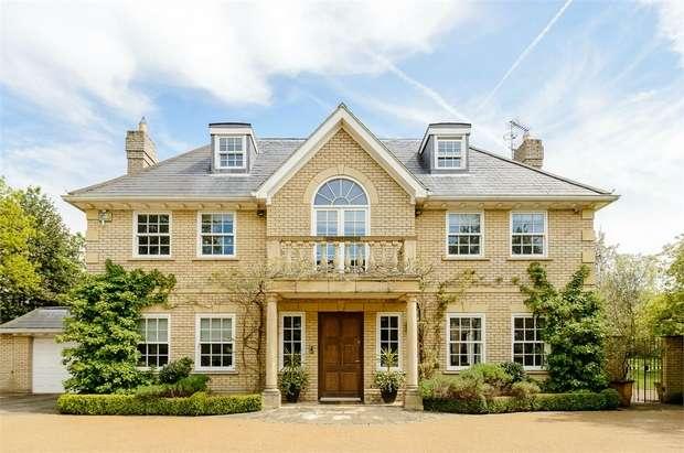 7 Bedrooms Detached House for sale in Arrandene Cottage, Wise Lane, Mill Hill