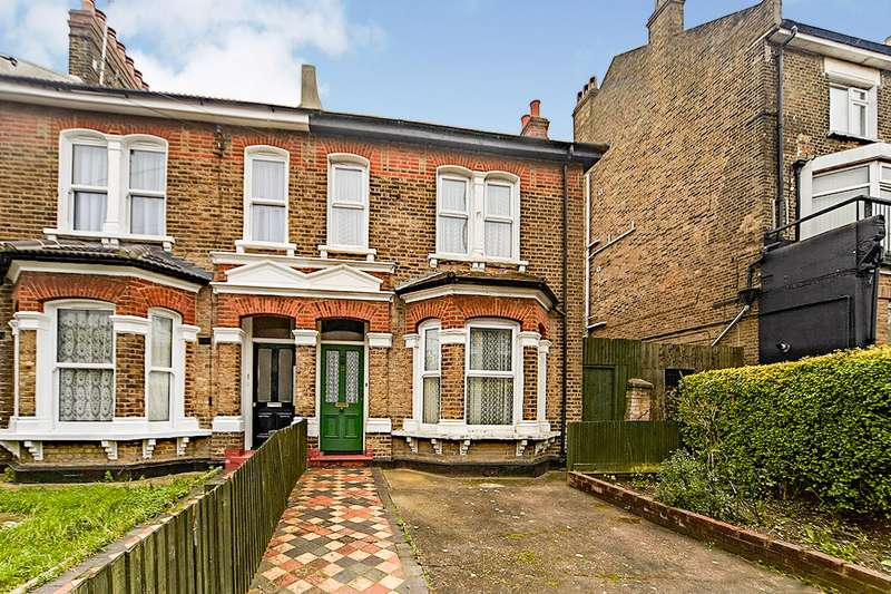 4 Bedrooms Semi Detached House for sale in Perry Hill, London, SE6