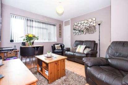 2 Bedrooms Maisonette Flat for sale in Saffron Walden