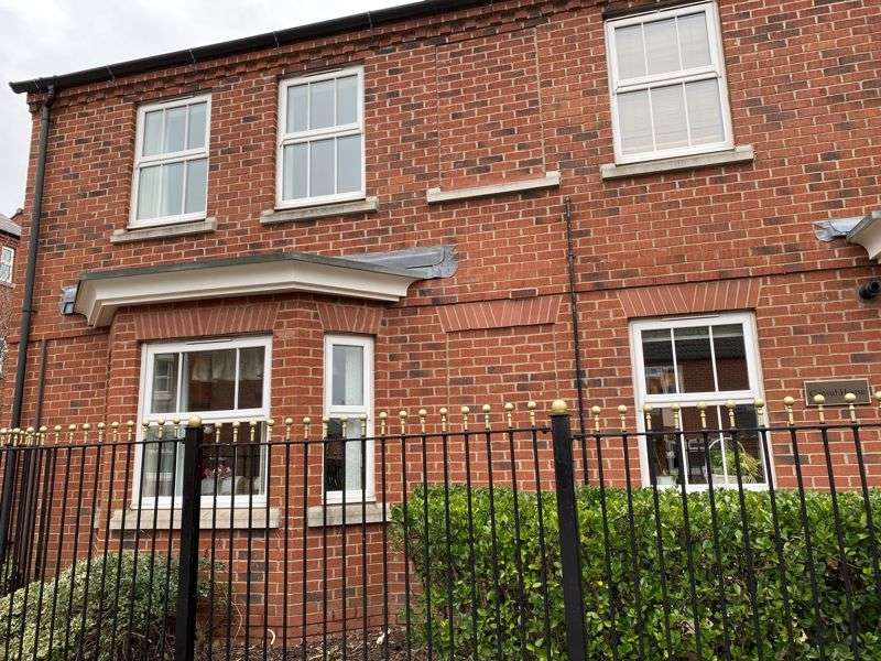 2 Bedrooms Property for sale in Factory Road, Hinckley