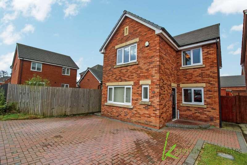 4 Bedrooms Detached House for sale in Windsor Gardens, Bolton