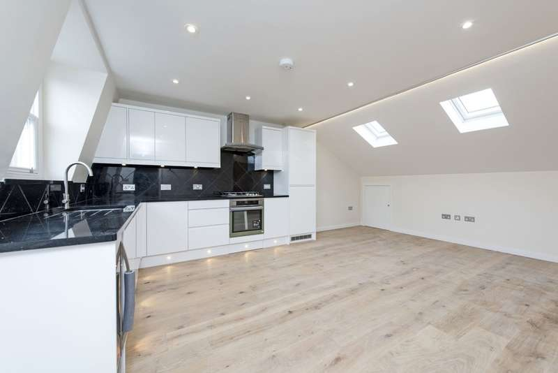 2 Bedrooms Flat for sale in Northcote Road, London, SW11