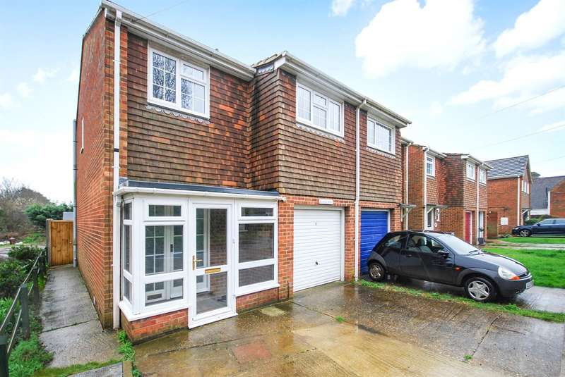 3 Bedrooms Semi Detached House for sale in Maypole, Canterbury