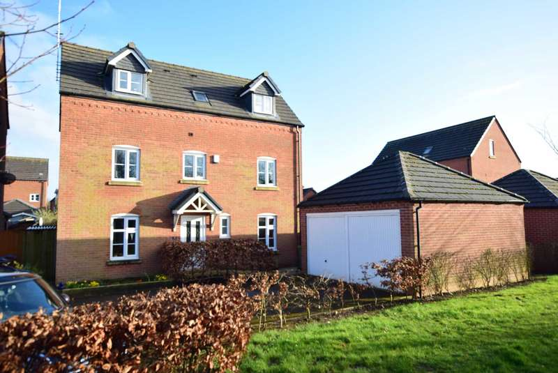 4 Bedrooms Detached House for sale in Fairfield Way, Wesham, PR4 3EP