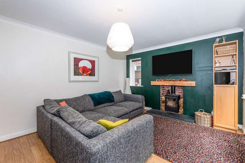 4 Bedrooms Detached House for sale in Blenheim Drive, Prescot, Merseyside, L34