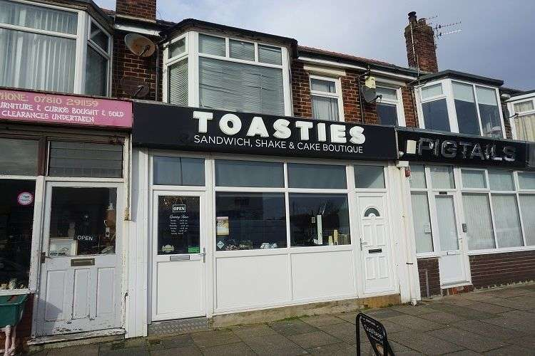 Property for sale in Highfield Road, Blackpool, FY4