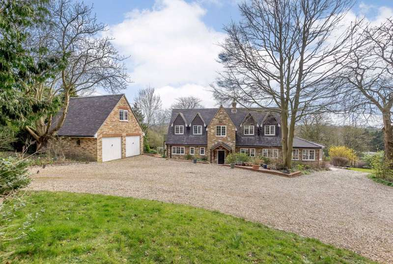 5 Bedrooms Detached House for sale in Hogs Back, Seale, Farnham