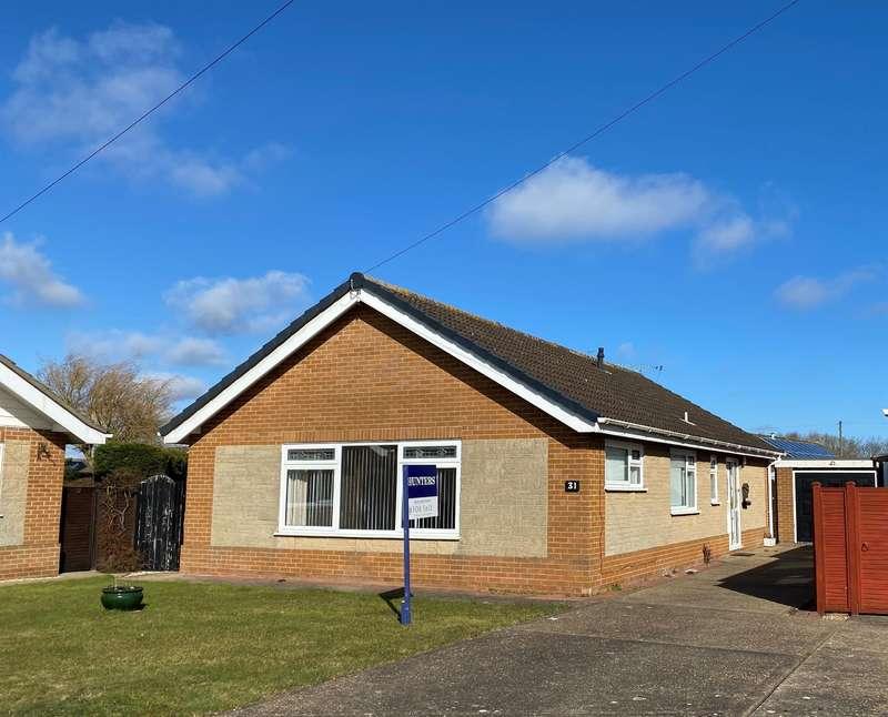 3 Bedrooms Detached Bungalow for sale in Lewis Avenue, Sutton-on-Sea, Lincs.