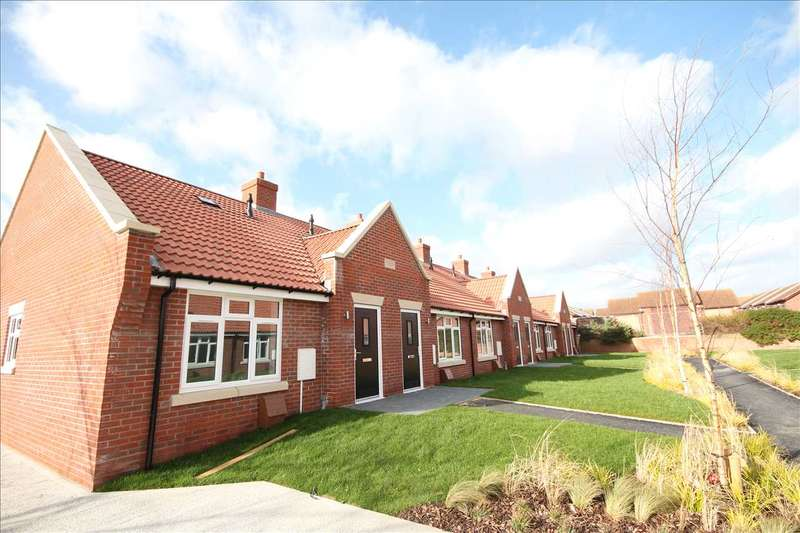 1 Bedroom Bungalow for sale in Ernest Luff Court, Luff Way, Walton-on-the-Naze