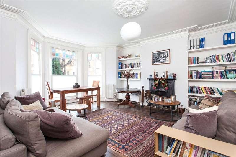 2 Bedrooms Flat for sale in Osbaldeston Road, Stoke Newington, London