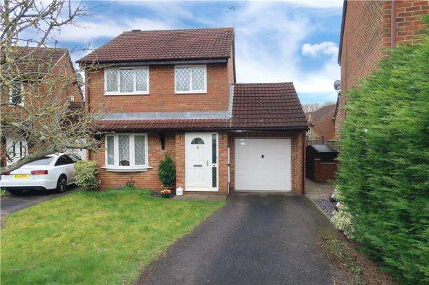 3 Bedrooms Detached House for sale in Calleva Close, Basingstoke, Hampshire