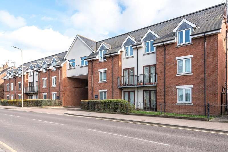1 Bedroom Apartment Flat for sale in Walsworth Road, HITCHIN, SG4