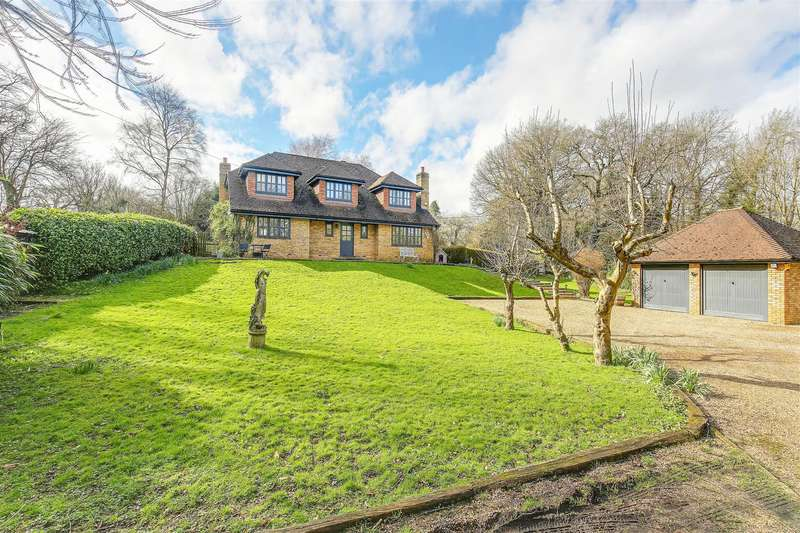4 Bedrooms Detached House for sale in Berrys Green Road, Berrys Green, Westerham