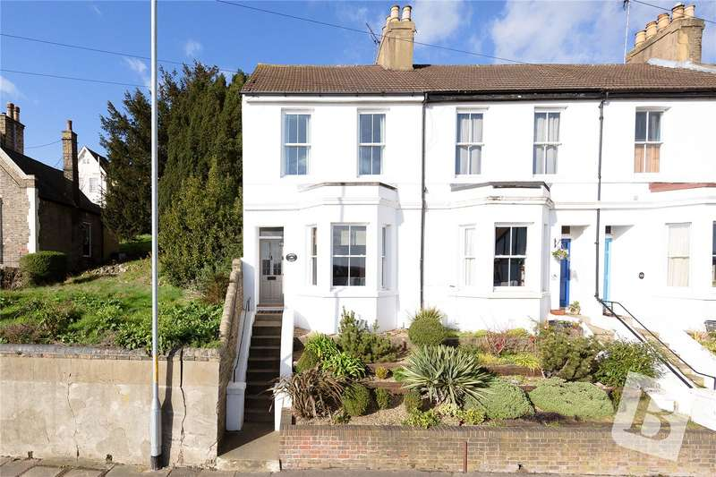 3 Bedrooms End Of Terrace House for sale in Parrock Road, Gravesend, Kent, DA12