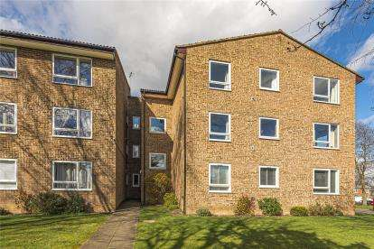 2 Bedrooms Flat for sale in Morley Court, 72 Westmoreland Road, Bromley