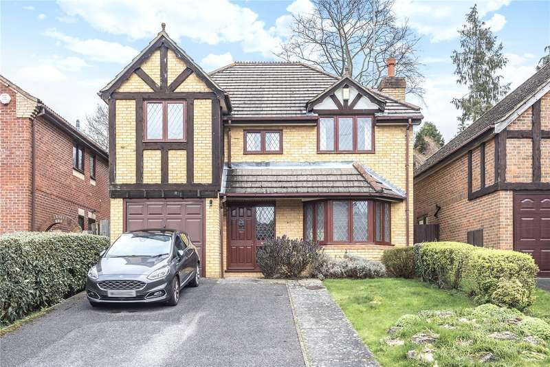 4 Bedrooms Detached House for sale in Meadowbank, Watford, Hertfordshire, WD19