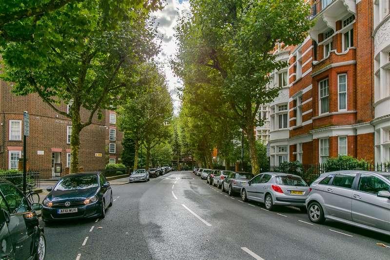 3 Bedrooms Flat for sale in Fitzjames Avenue, Kensington, London, W14