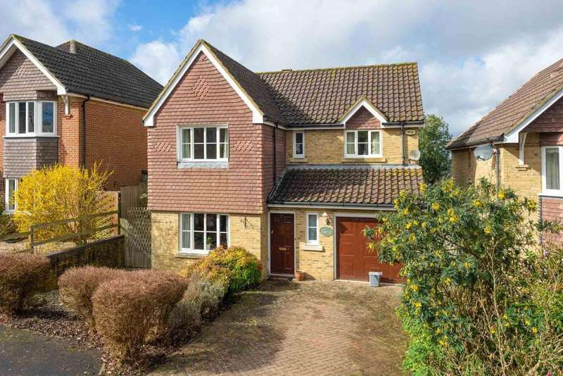 4 Bedrooms Detached House for sale in Little Copse Close, Chartham, Nr Canterbury, CT4