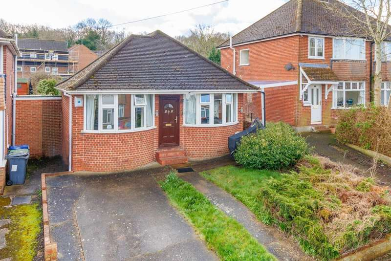 2 Bedrooms Detached Bungalow for sale in Old Park Avenue, Canterbury, CT1