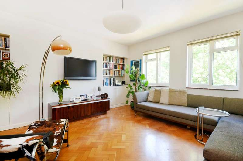 3 Bedrooms Flat for sale in Alexandra Gardens, Grove Park, W4