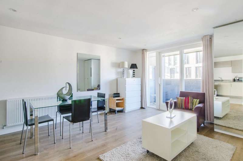 2 Bedrooms Flat for sale in Cordelia Street, Canary Wharf, E14