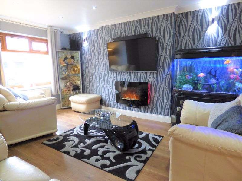 3 Bedrooms Property for sale in Roeburn Drive, Grosvenor Park - Come join us for a 360 Virtual Viewing