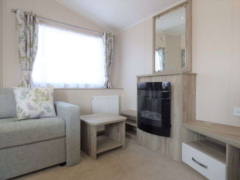 2 Bedrooms Property for sale in Acre Moss Lane, Morecambe