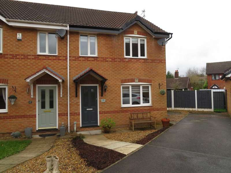 3 Bedrooms Semi Detached House for sale in Luzley Brook Road, Royton