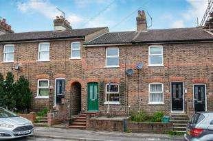 2 Bedrooms Terraced House for sale in Norfolk Road, Tonbridge, Kent, .