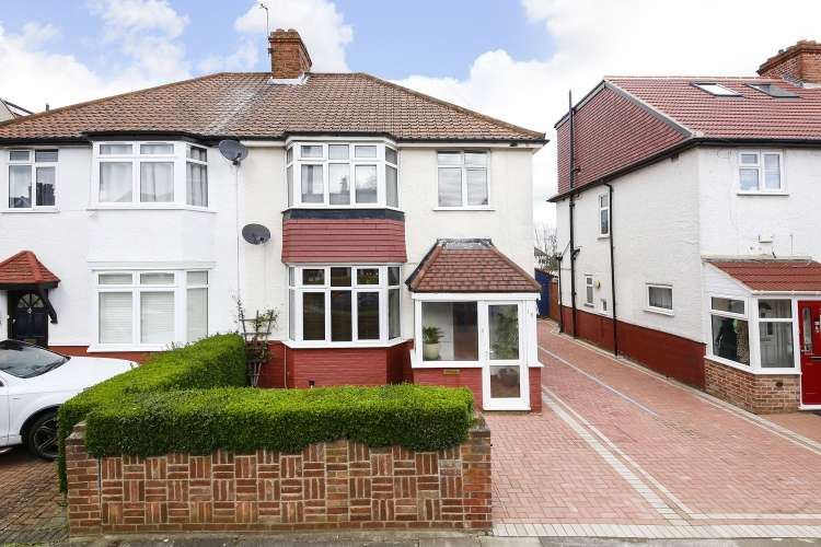 3 Bedrooms Semi Detached House for sale in Montcalm Road London SE7