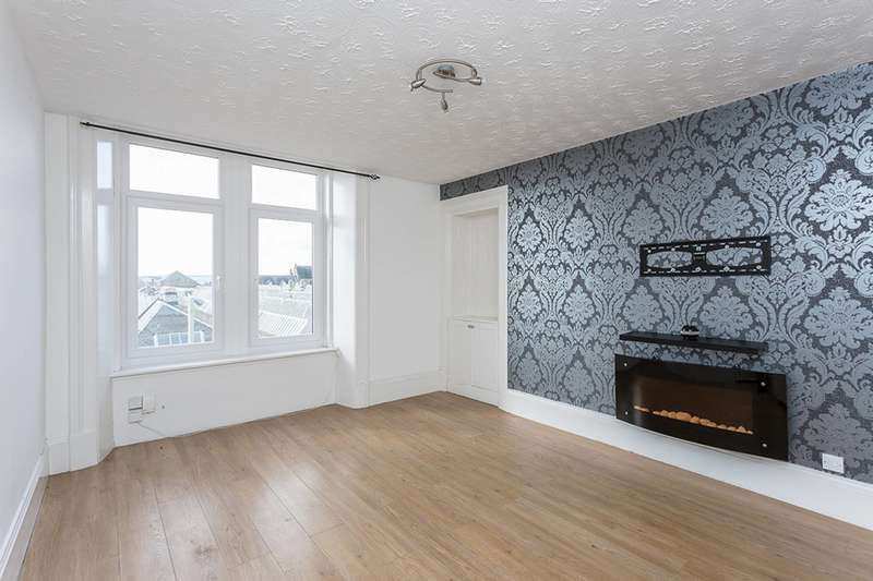 2 Bedrooms Flat for sale in Main Street, Dundee, Angus, DD3 7HN