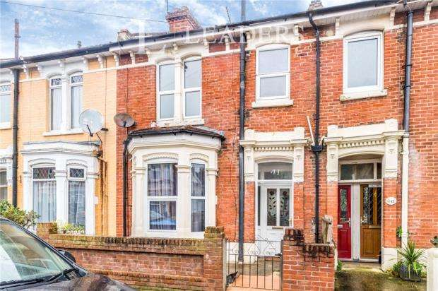 3 Bedrooms Terraced House for sale in Montague Road, Portsmouth