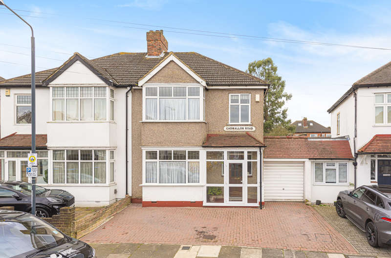 3 Bedrooms Semi Detached House for sale in Cadwallon Road, New Eltham, SE9