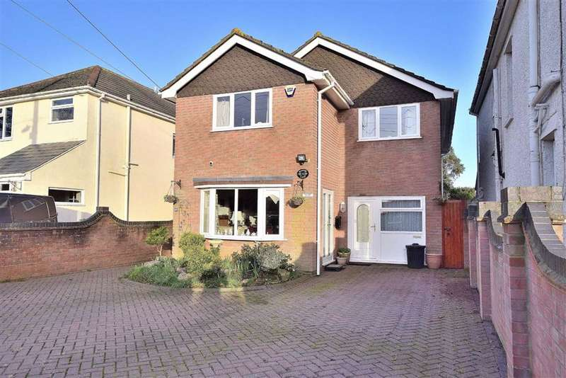 4 Bedrooms Detached House for sale in Barton On Sea